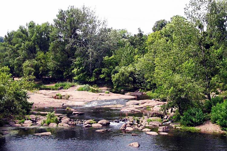 Корсунь-Шевченківський Рукав річки Рось біля палацу